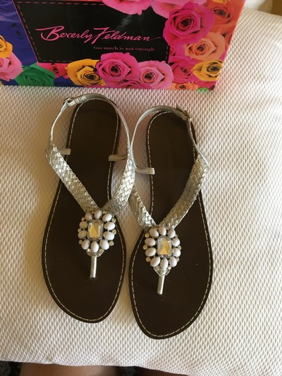 Beverly Feldman Casual Formal Almost Never Worned Rinestones Silver Sandals Image 2
