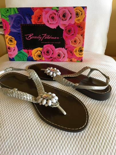 Beverly Feldman Casual Formal Almost Never Worned Rinestones Silver Sandals Image 5
