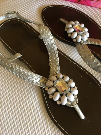 Beverly Feldman Casual Formal Almost Never Worned Rinestones Silver Sandals Image 6