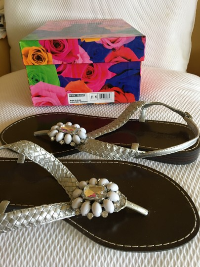 Beverly Feldman Casual Formal Almost Never Worned Rinestones Silver Sandals Image 7