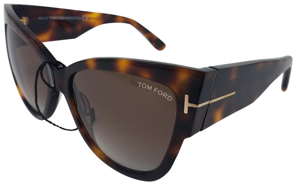 cdf0422684918 Tom Ford Brown tortoiseshell Tom Ford Anoushka oversize cat eye sunglasses.