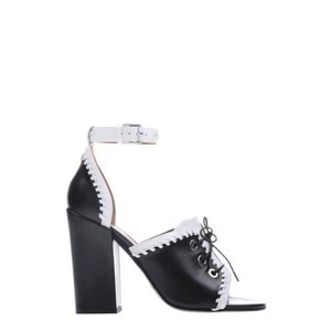 64713d77007 White Givenchy Sandals - Up to 90% off at Tradesy