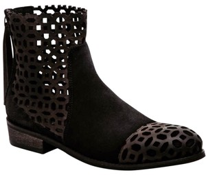 rebels Black and Brown Boots