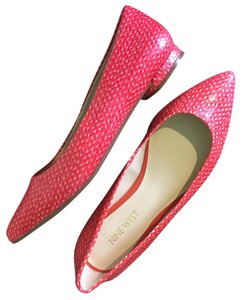 Nine West Size 6 Pink Flats