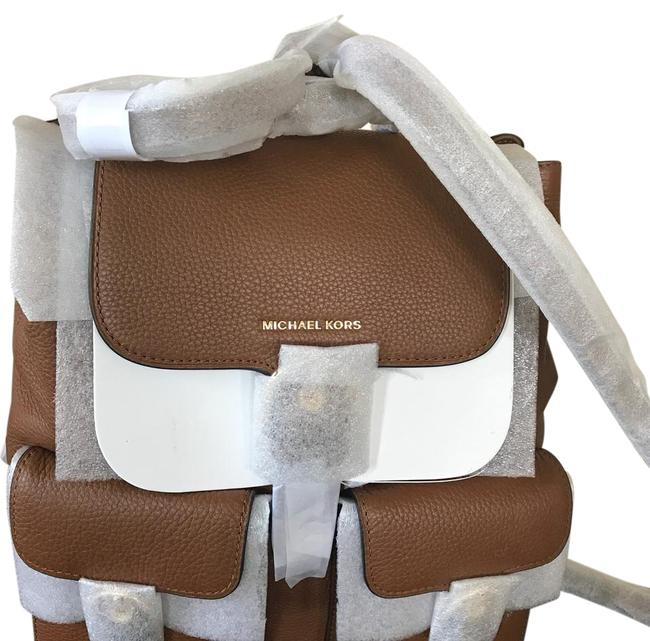 Item - Lg Flap Leather(Luggage) Brown Leather Backpack