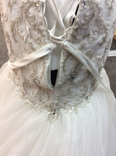 Alfred Angelo Ivory/Silver Satin/Beading Tulle 249 Ariel Modern Wedding Dress Size 10 (M) Image 4