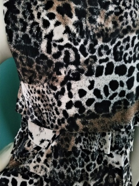 Connected Apparel Animal Print Shutter Pleats Shiftdress Pleated Material Dress