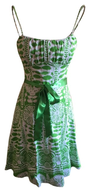 Item - Green and White Short Casual Dress Size 10 (M)