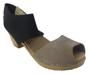 Nina Z Wood Sole Two Tone Black/Grey Mules