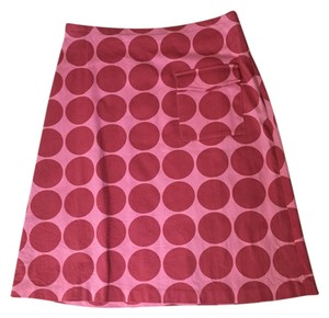 Fjall Skirt pink with dark pink reddish polka dots