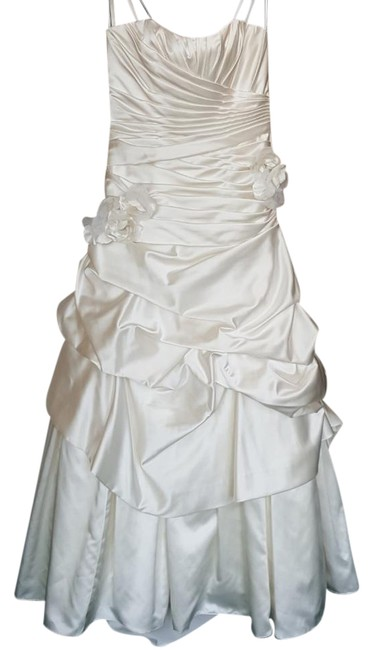 Item - Ivory Satin 4802 Modern Wedding Dress Size 12 (L)
