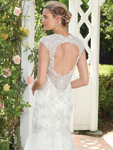 Casablanca Ivory Beaded Lace/Tulle 2277 Wedding Dress Size 12 (L)