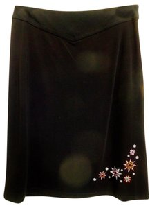 Petite Sophisticate Skirt Black with colorful embroidery