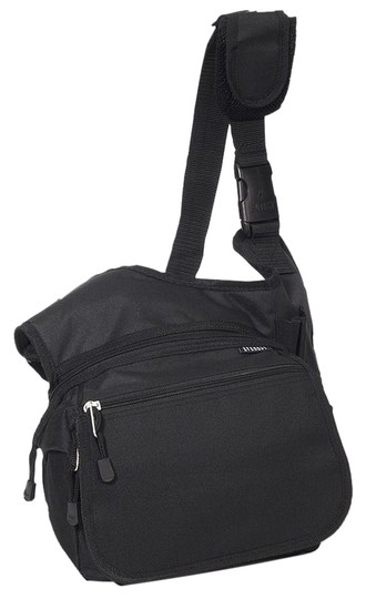 Preload https://item4.tradesy.com/images/everest-nwt-travel-medium-messenger-bag-black-2193143-0-0.jpg?width=440&height=440
