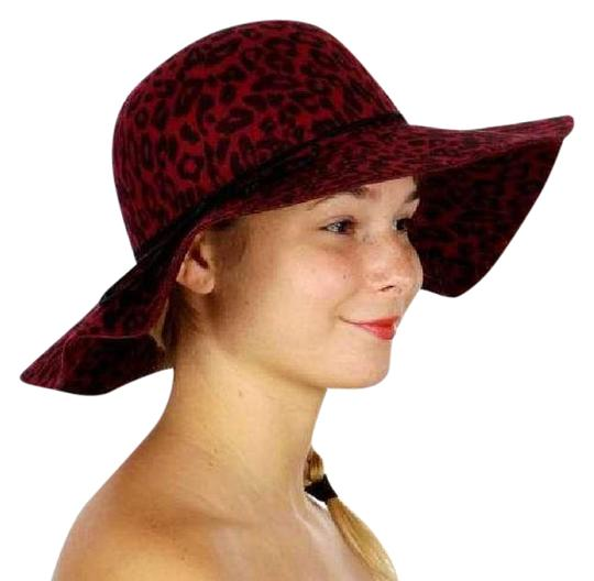 Preload https://img-static.tradesy.com/item/21934705/red-new-church-dressy-lace-satin-feather-hat-0-2-540-540.jpg