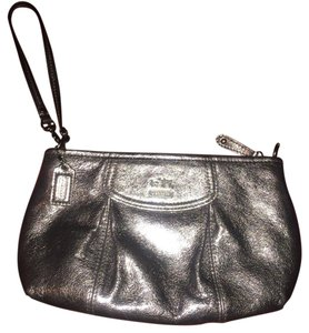 80d240c1946 Bags - Up to 90% off at Tradesy