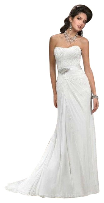 Item - White Chiffon G4009 Carlene Destination Wedding Dress Size 8 (M)