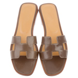 Herms Brown Sandals