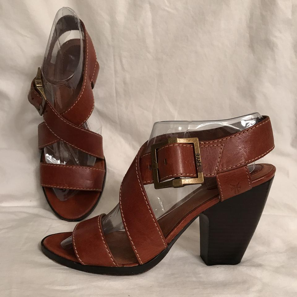 Frye Brown Amy Crisscross Lightly Sandals Distressed Leather Sandals Lightly df255d