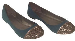 Breckelle's Turquoise Flats