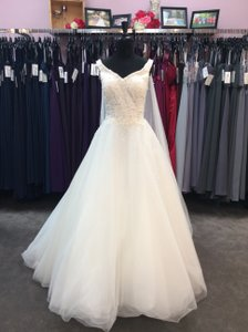 Alfred Angelo Ivory Satin/Tulle 259 Elsa Feminine Wedding Dress Size 12 (L)