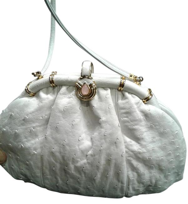 Item - Elegant Pouch Bags Can Be Worn As A Shoulder with Hidden Strap White Ostrich Leather Clutch