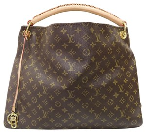 Louis Vuitton Lv Artsy Canvas Gm Tote in monogram