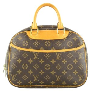 Louis Vuitton Canvas Travel Monogram Travel Bag