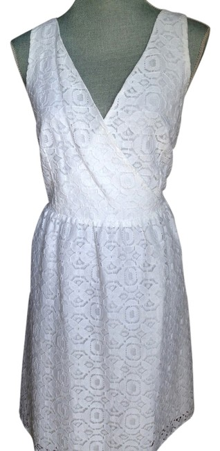 Preload https://item4.tradesy.com/images/nicole-miller-white-knee-length-workoffice-dress-size-8-m-2194808-0-0.jpg?width=400&height=650