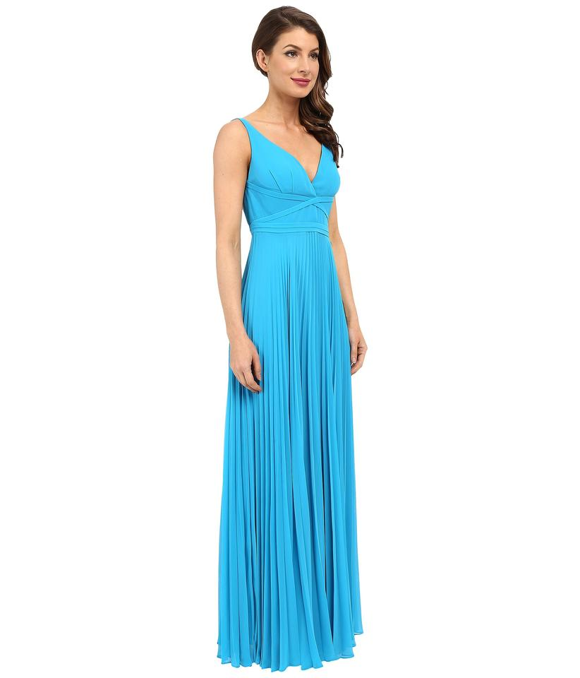 Laundry by Shelli Segal True Blue Pleated Chiffon Open Back Gown ...