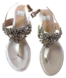 BHLDN Crystals Satin Leather Soles Wedding Wedding Ivory Sandals