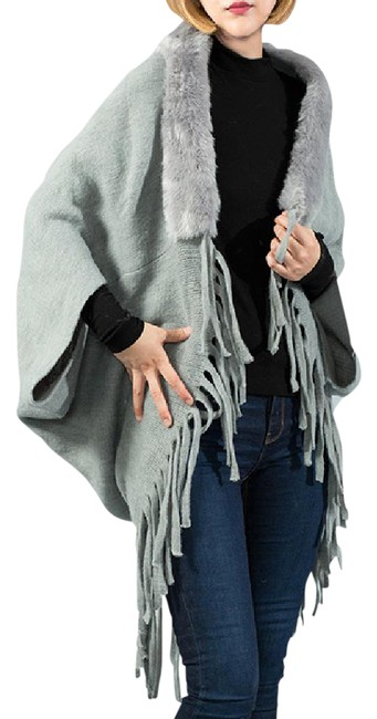 Preload https://img-static.tradesy.com/item/21949886/gray-new-solid-shrug-faux-fur-tassel-shawl-size-os-one-size-0-1-650-650.jpg