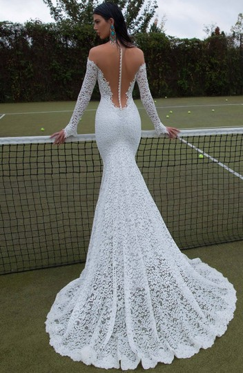 Berta Bridal Ivory Lace 15-18 Formal Wedding Dress Size 8 (M) Image 2
