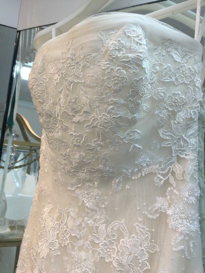 La Sposa Off White Morbido Tulle/Spanish Lace Ikerne Destination Wedding Dress Size 4 (S)