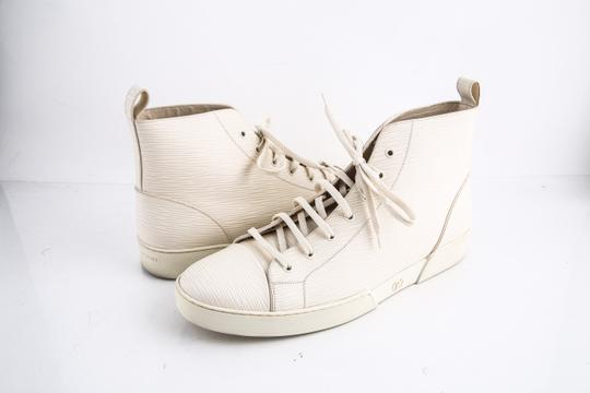 Preload https://img-static.tradesy.com/item/21950616/louis-vuitton-epi-hi-top-sneaker-cream-shoes-0-0-540-540.jpg