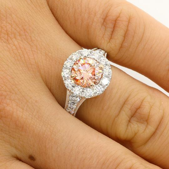 Pink 3.68 Cts Round Cut Fancy Set In Platinum Engagement Ring Image 4