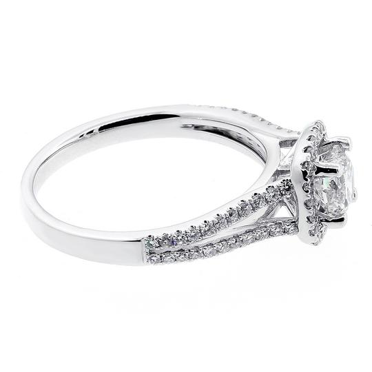 White 1.07 Cts Round Cut Halo Set In 18k Gold Engagement Ring Image 2