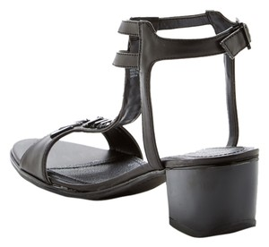 Kenneth Cole Reaction Summer Spring Black Sandals