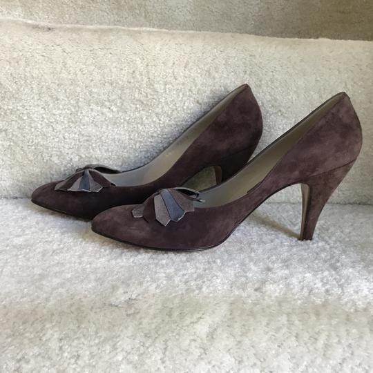 Bally Clip-on Bow Vintage Suede Floral Brown Pumps Image 5