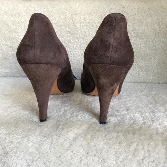 Bally Clip-on Bow Vintage Suede Floral Brown Pumps Image 6