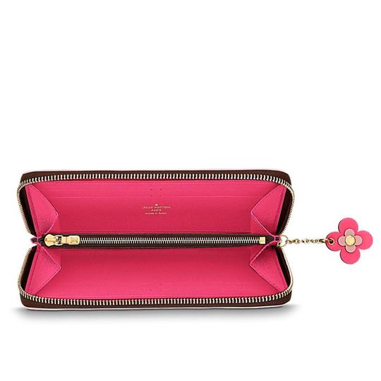 Louis Vuitton limited edition clemence with flower charm Image 2