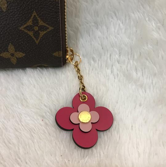 Louis Vuitton limited edition clemence with flower charm Image 3