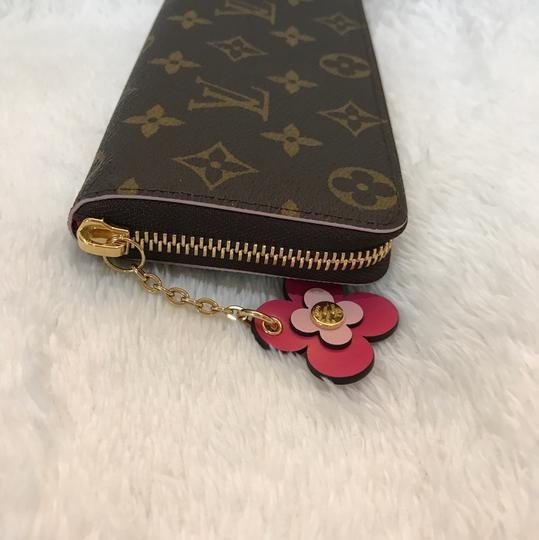 Louis Vuitton limited edition clemence with flower charm Image 8