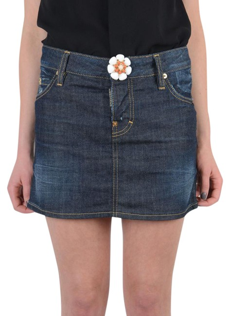 Preload https://img-static.tradesy.com/item/21953734/dsquared-dark-blue-denim-flower-decorated-miniskirt-size-0-xs-25-0-1-650-650.jpg