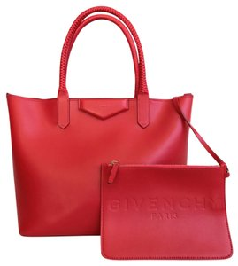 Givenchy Leather Antigona Shoulder Tote in Red
