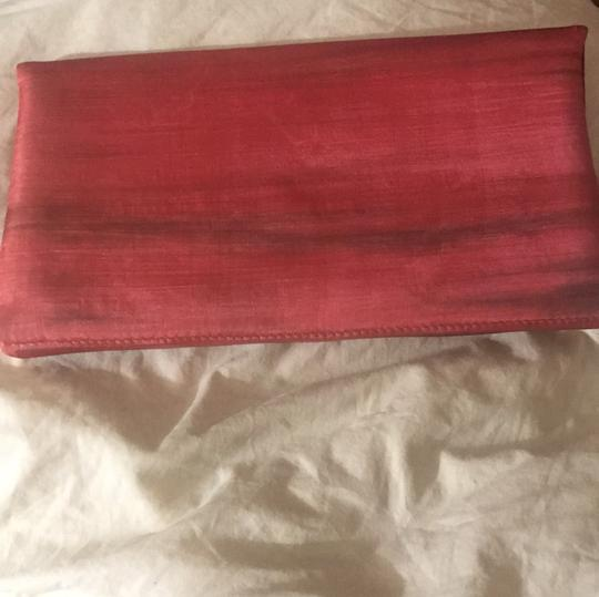 Shiraleah deep coral with brown Clutch Image 1