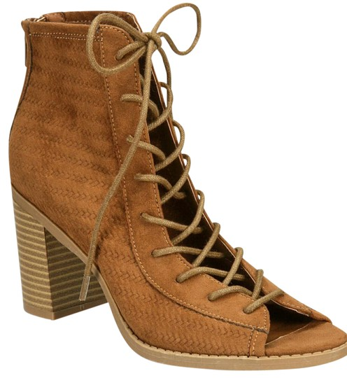 Preload https://img-static.tradesy.com/item/21955745/american-rag-maple-bootsbooties-size-us-8-regular-m-b-0-5-540-540.jpg