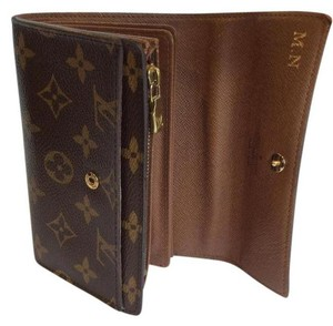 ac3371ab1bc8 Louis Vuitton Classic Monogram Canvas Alexandra Wallet with Coin Pocket