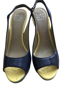 Saks Fifth Avenue Multiple colors Sandals