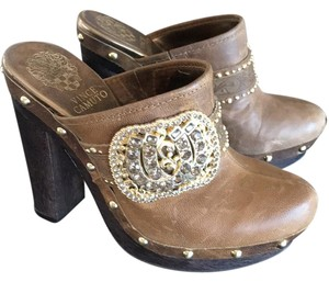 Vince Camuto Slightly distressed caramel brown leather Mules